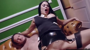 Huge boobs Jasmine Jae handjob & Samantha Bentley at the party