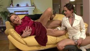 European Pepper Pew in pantyhose pussy eating