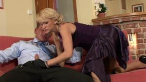 Tight Cynthia Vellons hardcore cumshot on the couch