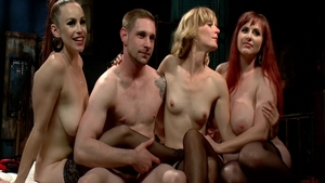 Bella Rossi together with Mona Wales group sex