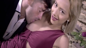 Super hot Veronica Leal really enjoys plowing hard