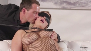Kylie Page raw blindfolded video