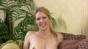 Erotic mature softcore Pussy fucked at the casting
