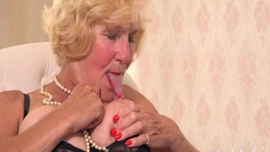 Nailed rough in the company of naughty granny