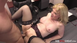 Blonde feels in need of real fucking HD