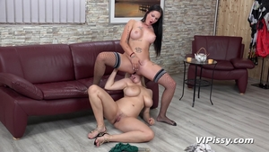 Large tits MILF gets a buzz out of pussy fucking HD