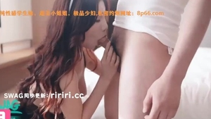 Squirts with chubby asian amateur
