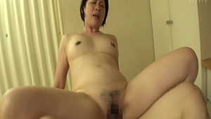 Rough hard ramming escorted by hairy asian MILF