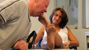 Very kinky deutsch mature foot licking in HD