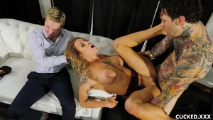 Horny and busty mature Luna Skye raunchy cum in pussy