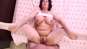 Sloppy fucking in the company of hot amateur