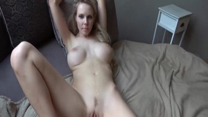 Big ass mature got her pussy pounded